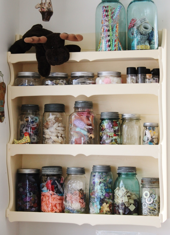 mason_jar_shelf_candy_spiegel2